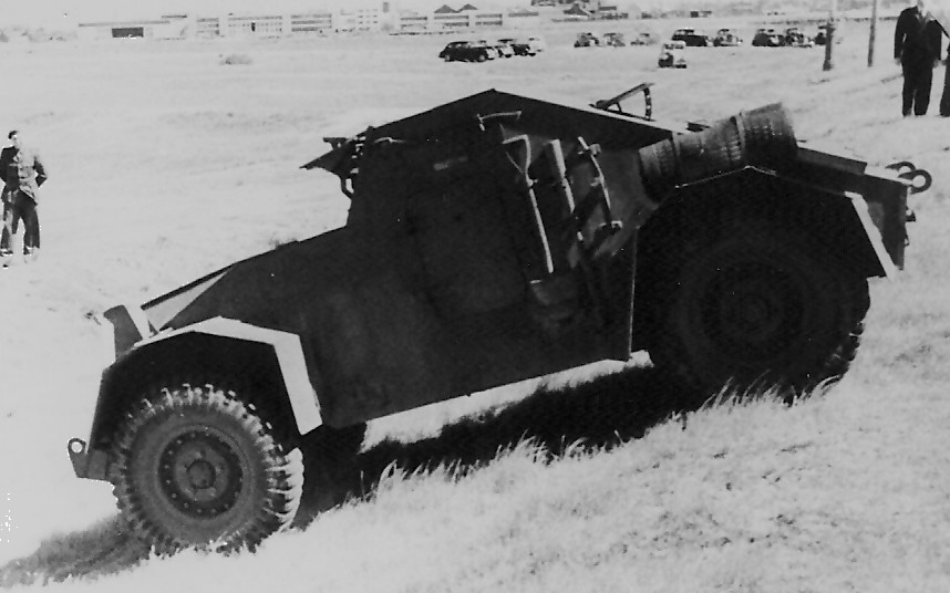 ... Ford chassis with a Marmon-Herrington 4-wheel drive kit installed